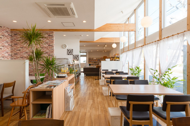 とうふや豆蔵【滝ノ水店】レストランテーブル席